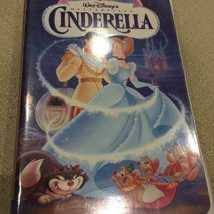 Vintage Walt Disney's Cinderella VHS Tape